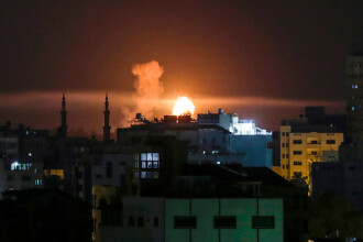 Israelul a atacat fâşia Gaza, după ce palestinienii au lansat zeci de rachete
