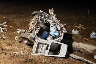 Accident grav pe A1, lângă Timişoara. Un TIR şi un microbuz s-au răsturnat. VIDEO