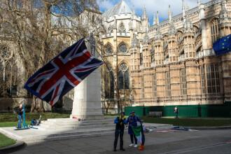 Parlamentarii britanici au votat pentru a prelua controlul asupra Brexit-ului. Ce urmează