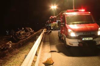 Accident grav pe A1. Un bărbat a murit în timp ce încerca să schimbe roata maşinii