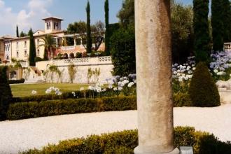 Motivul pentru care un francez e obligat să-şi dărâme palatul de 50 de milioane €