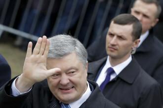 Lui Porosenko nu îi arde de glume. Sondaj: comediantul Zelenski îl va învinge la scor
