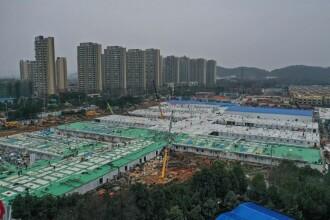China a închis primul spital construit în Wuhan în 2 săptămâni. Ce s-a întâmplat cu pacienții