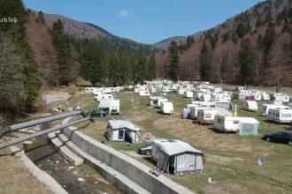 Camparea și grătarele pe Valea Cerbului, în Prahova, au fost interzise
