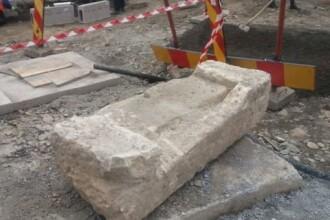 Un fragment dintr-un templu vechi de 2.000 de ani, descoperit întâmplător în Cluj
