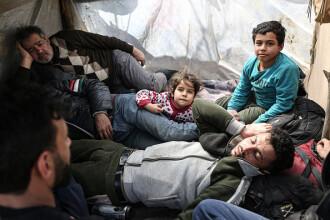 Ciocniri la frontiera turco-greacă între poliţişti greci şi migranţi. România trimite ajutoare