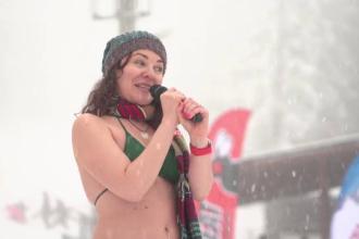 De 8 martie, româncele din Păltiniș au schiat în costume de baie sau au dansat limbo
