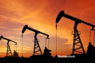 Prețul petrolului se prăbușește. Producătorii ar putea rămâne fără spațiu de stocare