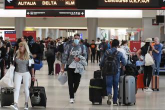 Haos pe aeroporturile din Statele Unite, în urma măsurilor anti-Covid-19 adoptate de Trump