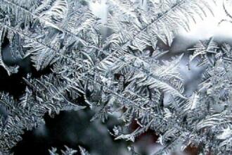 Vremea azi, 21 noiembrie. Vine gerul și ninge viscolit la munte