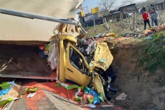 Accident grav în localitatea Popești. Patru persoane rănite