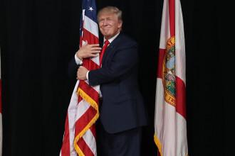 Donald Trump reia mitingurile electorale în pofida îngrijorărilor privind coronavirusul