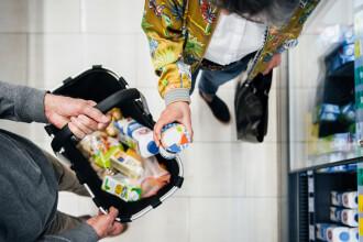 Alimentele și serviciile care s-au scumpit sau ieftinit cel mai mult în luna mai