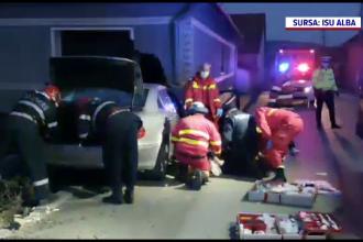 Accident grav în județul Alba. Un bărbat a murit, după ce a intrat cu mașina într-o clădire