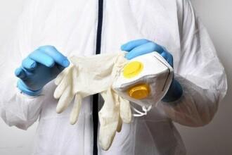 China preia controlul fabricilor de echipamente de protecție, stârnind temeri asupra unui nou val de coronavirus