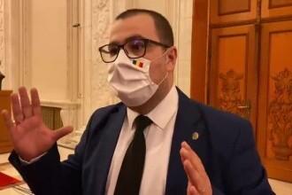 """Parlamentarii AUR și PSD au fost prinși în timp ce votau """"la două mâini"""". Ce explicații au dat"""