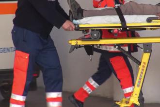 Cei doi bărbați care au suferit arsuri grave în urma incendiului din Prahova vor fi trimiși în străinătate