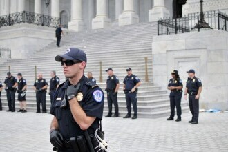 Alertă la Capitoliul SUA: posibil atac al unei grupări de extremă dreapta