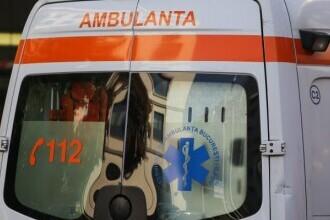 Tragedie în județul Vâlcea. Doi tineri au murit, după ce au intrat cu mașina într-un copac