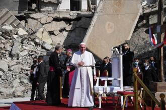Papa Francisc a încheiat vizita istorică în Irak, unde s-a rugat pentru pace