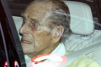 Prinţul Philip, în vârstă de 99 de ani, a ieșit din spital după o lună. Ce tratamente a urmat