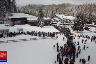 Oamenii au năvălit, din nou, în stațiunile montane. Cozi la telegondolă în Poiana Brașov
