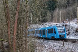 Ministrul Transporturilor vrea să aducă trenuri cu hidrogen în România. Cum funcționează