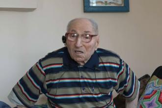 A scăpat cu viață din al Doilea Război Mondial și a decis să se vaccineze anti-Covid. Povestea unui bătrân de 100 de ani
