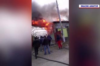 Casă devastată de incendiu în județul Bacău. De la ce a pornit tragedia