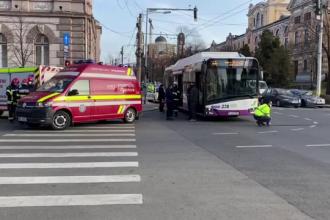 Accident între un autobuz și o mașină, la Cluj. Șase persoane au ajuns la spital