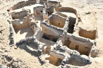 O echipă condusă de un român a descoperit cel mai vechi sit monahal atestat arheologic