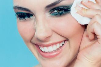 CSID: Nu te grabi la cosmeticiana in timpul menstruatiei!