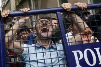 Protest anti-razboi, terminat cu