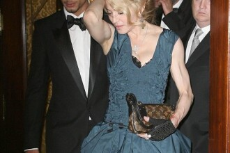 Jesus Luz o iubeste pe Madonna! Ca pe o prietena!