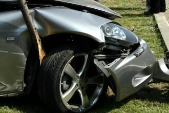Ultima calatorie. A explodat un pneu, iar doi soti au murit in localitatea Zimand