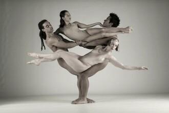 Dansatorii cu muschi! Cum poate un fotbalist sa se faca balerin!