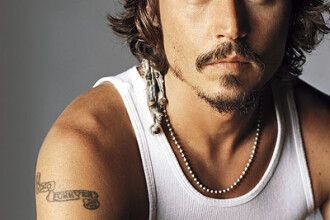 Johnny Depp e cel mai sexy tatic din lume!