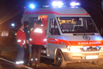 Au trecut pe langa moarte! 10 raniti intr-un grav accident langa Craiova!