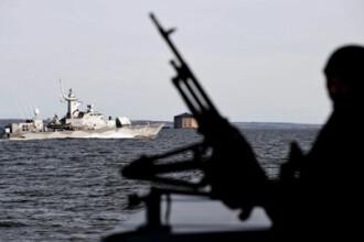 Romanul impuscat de piratii somalezi, salvat de o nava olandeza