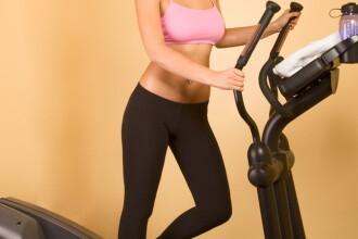 Salile de fitness, pline cu tinere dornice sa arate bine de sarbatori