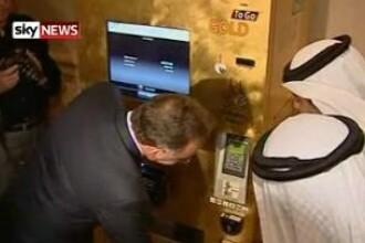 Bancomat de AUR in Abu Dhabi! Bagi bancnote, scoti lingouri!
