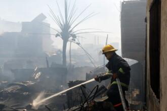 Un incendiu a facut scrum 350 de baraci la Manila, in Filipine