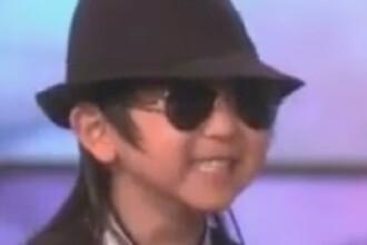 A ajuns la TV! La 4 ani, un pusti chinez danseaza ca Michael Jackson