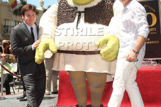 Shrek a primit stea pe Hollywood Walk of Fame!