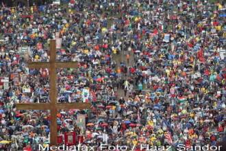 Credinciosii catolici au sarbatorit a doua zi de Rusalii cu rugaciune, colaci si palinca