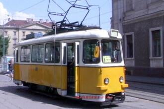 Mos Craciun joaca rolul de vatman in Ajun. Afla cu ce tramvai poti calatori gratuit