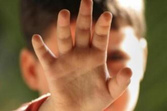 Cazurile de trafic de minori si abuz sexual, dublate fata de 2009