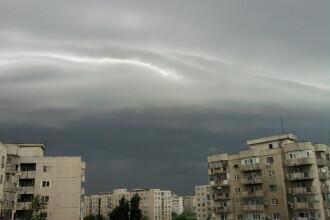 Natura dezlantuita: furtunile au maturat marile orase ale tarii