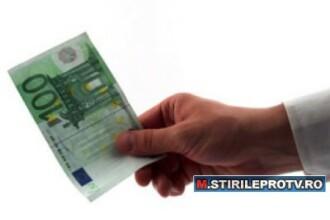 Sofer prins in flagrant in timp ce incerca sa ofere o mita de 100 de euro unui politist