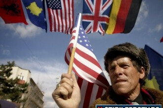 Presa sarba: Serbia, Romania si Slovacia vor boicota un summit la care participa presedintele SUA